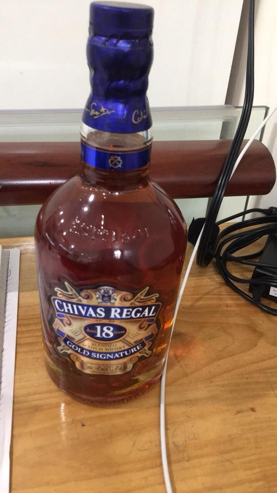 RƯỢU Chivas regal 18 years old